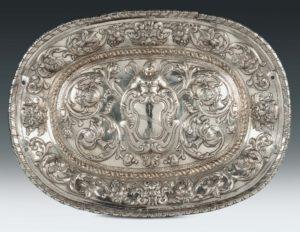 vassoio in argento antico
